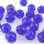25 edle Perlen kobaltblau 7mm Glasperlen blau zum Basteln Schmuckperlen -253