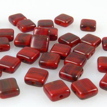 35 Glasperlen rot gemasert 6mm kleine Quadrate Kissen rote Perlen zum Basteln – Bild 2