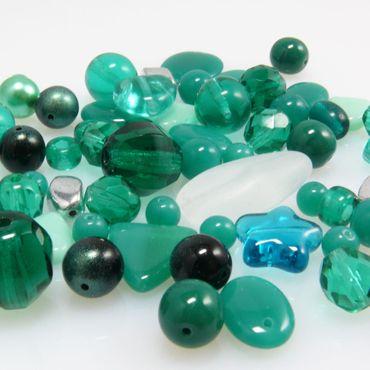 Glasperlen Mix 60 Perlen Mischung smaragdgrün 5-21mm Glas Beads Perlenmischung