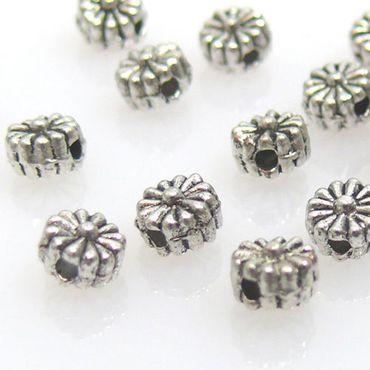 20 Metallperlen Metall Blüte 4,5mm Blume silber Perlen basteln – Bild 1
