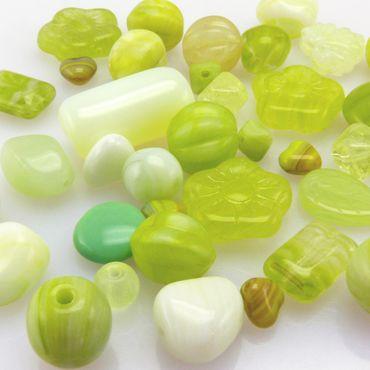 Glasperlen Mischung hellgrün 6-15mm 40St. Perlen Mix Glas Beads Perlenmix -1807